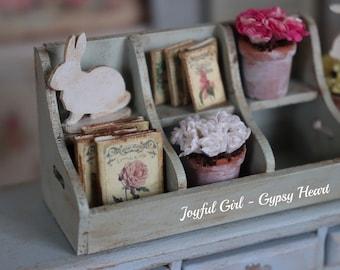 Dollhouse 1:12 Decorated Spring Shabby Cottage Farmhouse Garden Gift Set