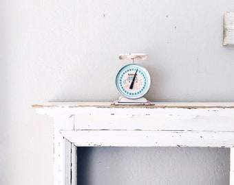 Vintage Baby Scale Scale // Industrial Display