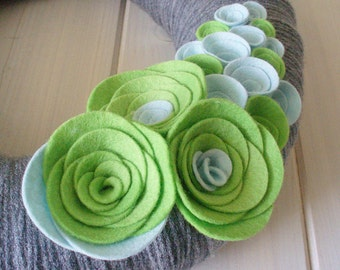 Yarn Wreath Felt Handmade Door Decoration - Celery 12in