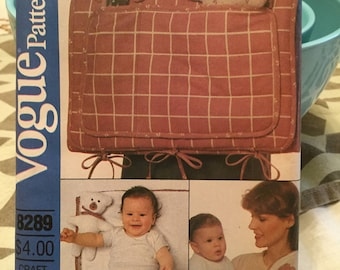 Vogue craft pattern 8289 - diaper bag, changing pad and accessories - uncut