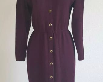 Vintage 70's 80's St. John by Marie Gray Santana Knit Plum Sheath Dress Gold Button's Career Office Modest Size 6 USA