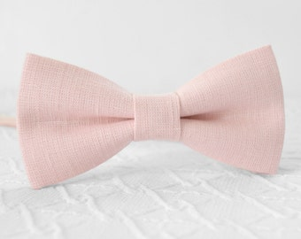 Petal pink bow tie, petal bow tie, wedding linen bow tie, groomsmen bow tie, petal rose bow tie, light pink bow tie, misty pink bow tie