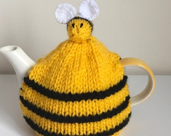 Hand Knitted Small Bee Hive Tea Cosy with Bees *FREE UK POSTAGE*