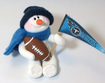 Tennessee Titans: Football snowman ornament