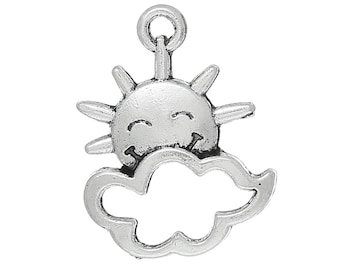 10 Antique Silver Smiling SUN and CLOUD Charm Pendants  chs1524