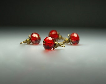 Vintage Style Bead Dangles Red Glass R905