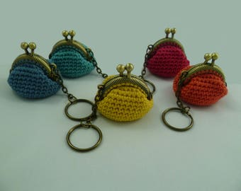 Keychain with crochet woman wallet