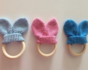 Wooden teething ring with rabbit ears