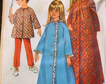 Vintage Sewing Pattern Simplicity 7371 Girl's Robe and Pants Size 4 Breast 23 inches Complete