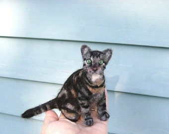 Needle Felted Cat / Custom Pet Portrait by Gourmet Felted