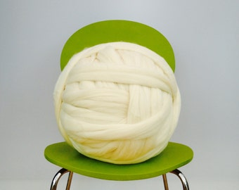 Big giant Merino Yarn. EPIC EXTREME arm knitting kit Chunky wool knitting wool Very thick gigantic massive knitted loop. Y063