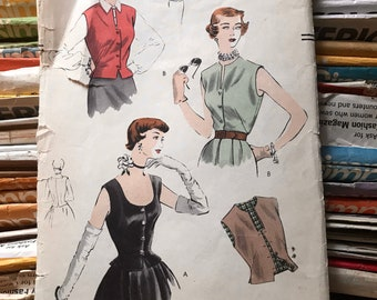 Vogue Vintage 1950s 7168 Blouse or Waistcoat Sewing Pattern / Misses' Shirt in Size 14, Bust 32 /  VERY RARE