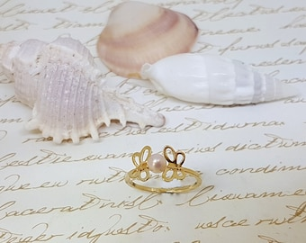 gFREE SHIPPING, Gold Small Butterfly Pearl Ring, Tear Drop, Thin Gold Ring, Gold Butterfly Ring, Dainty Gold Ring, Gold Stack, Stacking Ring