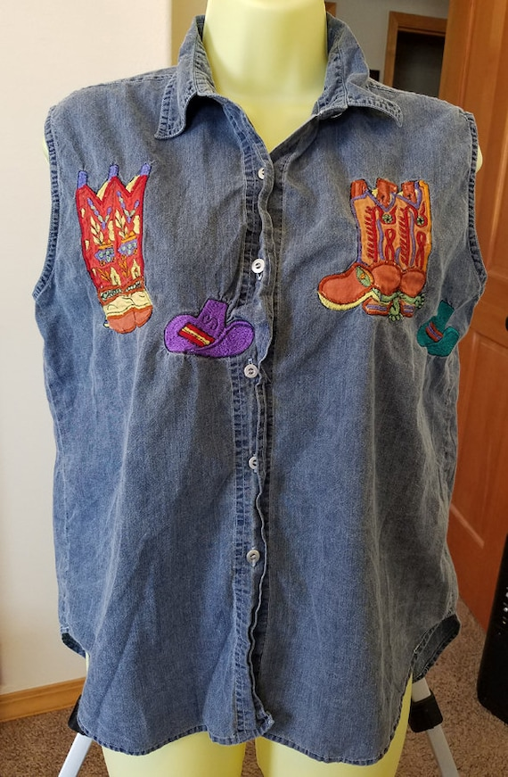 vintage 90s cowgirl button top country western shirt rodeo top boot hat embroidery blouse woman sleeveless size M