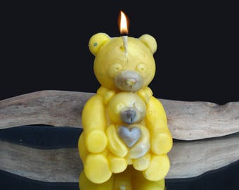 Small cuddly bear candle fragrance desert rain, yellow and silver iridescent
