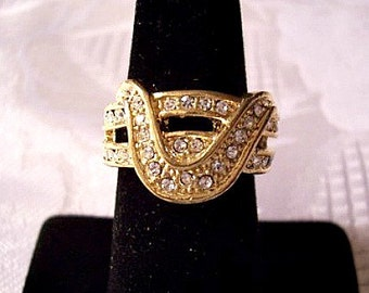 Deep Wave Crystal Ring Gold Tone Vintage Double Encrusted Open Band Raised Rib Edge