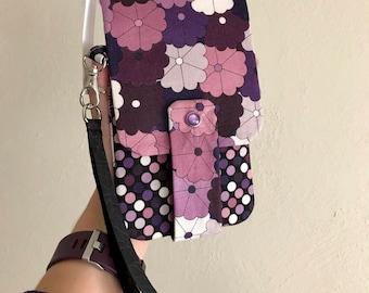 Lila Blumen Wallet - Handy-mit Kartenfächern und Reißverschluss - Lederarmband