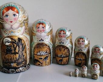 Very cute matryoshka Russian doll, nesting dolls 10 pieces