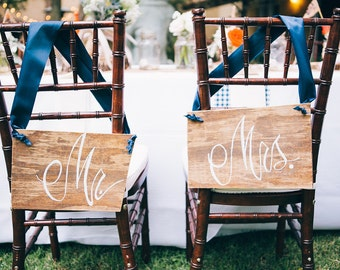 Mr and Mrs Chair Sign / Bride and Groom Chair Sign