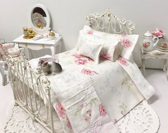 Shabby Cottage Chic Dollhouse Pink Flowers Bedding Set/Dollhouse Miniatures/1:12 Scale Single Dollhouse Beds/Doll Bed Linens/Miniatures