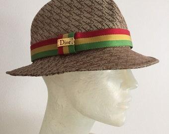 Christian Dior, bucket hat
