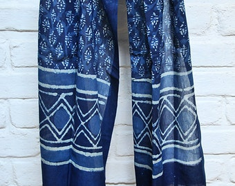 Ethical Blue Stole with Block-Printed Pattern