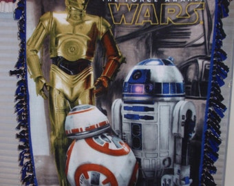Star Wars Robots Tied-edge Blanket