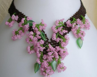 Pattern seed beaded Apple Blossom flower necklace instructions beading netting stitch flowers leaves necklace beaded jewelry tutorial flower