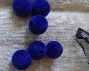 set of 6 Sapphire velvet acrylic beads