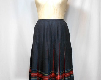 vintage 1970's peekaboo plaid skirt / Aljean / pleated skirt / women's vintage skirt / tag size 10
