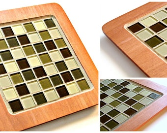 Mosaic Trivet, Handmade Mosaic Room Decor, Mosaic Centerpiece. Mosaic Wood Hot Plate,  Caramel Colored Trivet, Square Mosaic Trivet