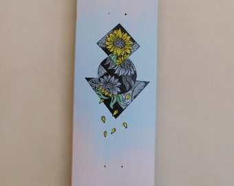 Handpainted skateboard art