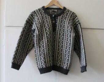 Vintage Norwegian Wool Jumper | Size 10 M