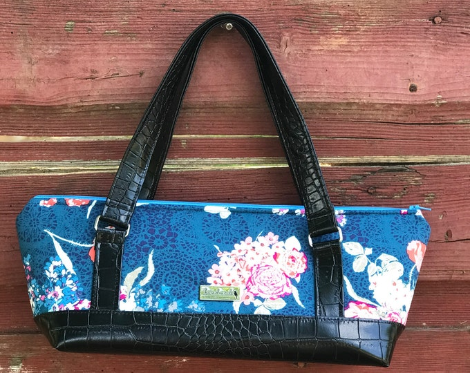 The Gondola Bag ~ Blue with Pink Flowers (2)