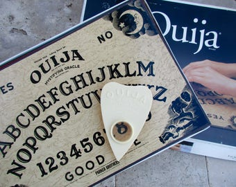 vintage Ouija Board Game - Mystifying Oracle, William Fuld