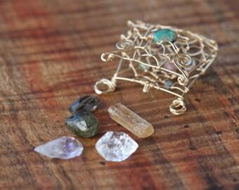 Custom Wire Wrapped Crystal Stone Medicine Bag Totem Pouch Shaman Pendant Locket