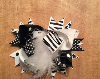 Black and white multi layered bow