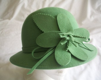 Vintage 1920's Style Mint Green Wool Cloche Hat With Big Matching Flower. By San Diego Hat Co..1980's Era.