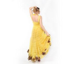 Flowing Yellow Maxi Dress