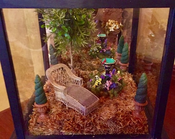 Spring is Here- Miniature Vignette