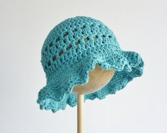 Floppy sun hat - baby - 0 - 3 months in  soft organic cotton - crochet bonnet - teal green