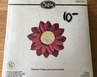 Sizzix  Bigz flower layers die