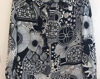 Op Art Psychedelic Black and White 1960s Vintage Woman's Blouse