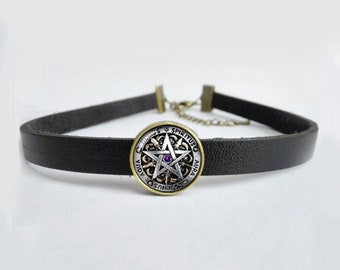Leather Choker necklace with Pentagram pendant