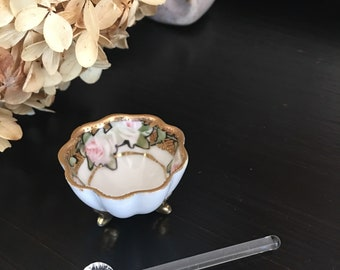 Porcelain Salt Cellar & Glass Spoon / Footed / Gold Gilt Pink Roses Floral / Beaded Moriage Design / Antique - #T1003