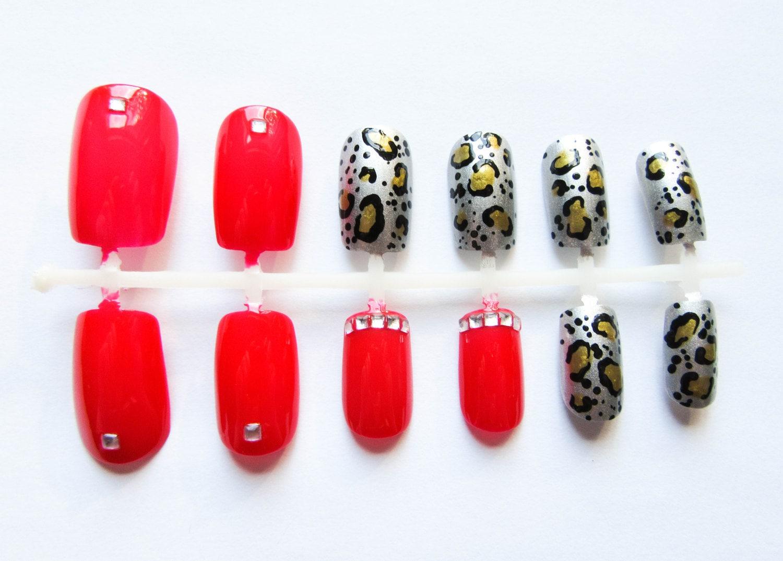 24 uñas postizas / Leopard impresión / rojos falsas uñas