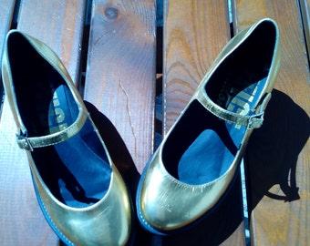 Sale 20% off/Golden  platform shoes,Size 37 EU/disco shoes,party shoes,wedding shoes,new year shoes