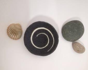 Small ring dish slate, swirl