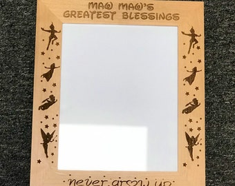 """Fully customizable 8"""" x 10"""" Picture Frame"""