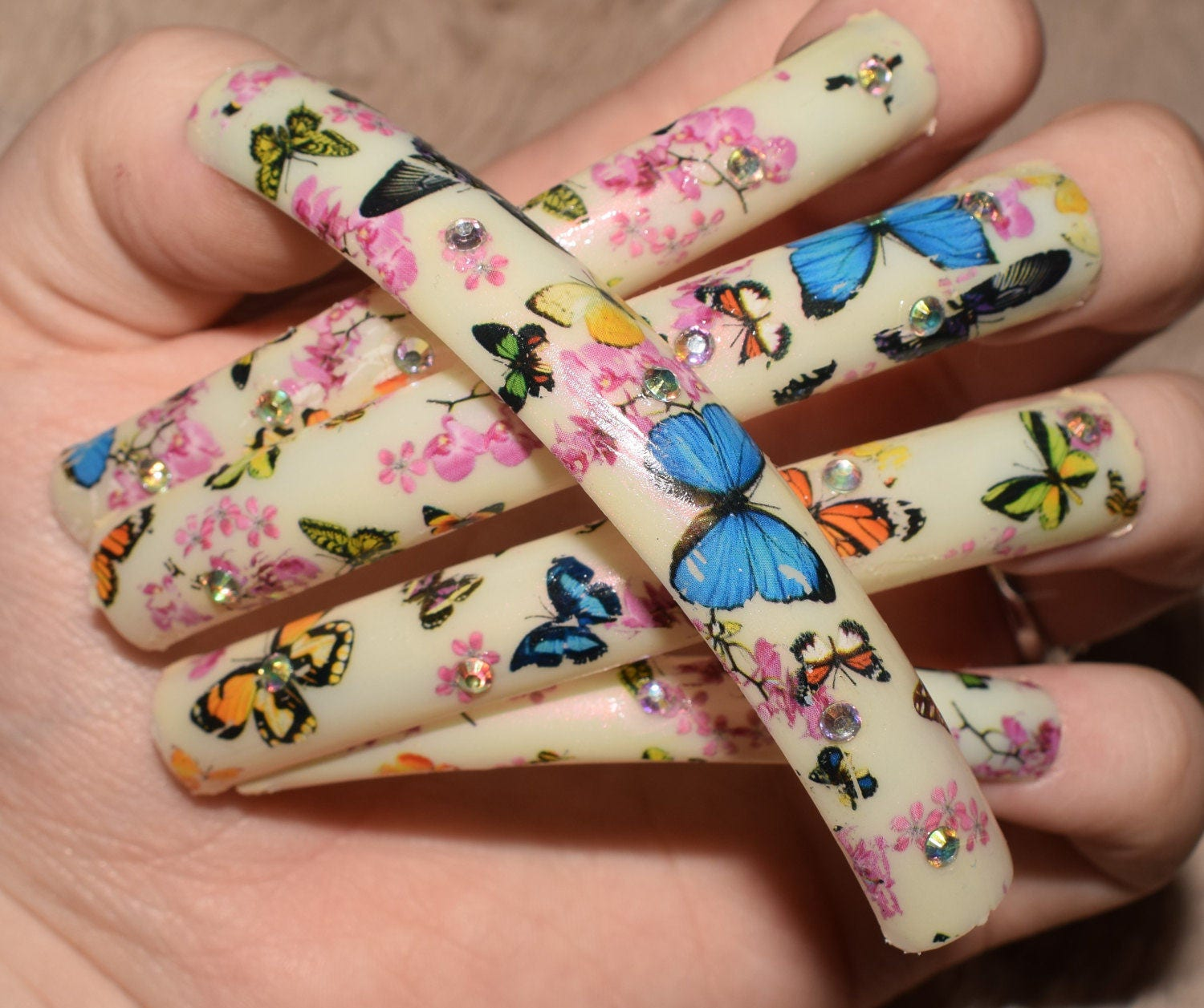 Cream Fake Nails, Super Long Curved False Nails, Hand Painted And ...